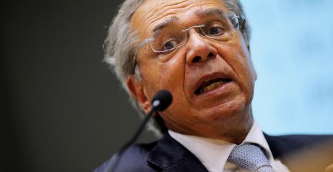 Placeholder - loading - Imagem da notícia Subir em cadáveres para arrancar recursos do governo é inaceitável, diz Guedes
