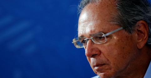 Placeholder - loading - Imagem da notícia Troca de ministro é normal na democracia e bom ambiente depende de reformas, diz Guedes