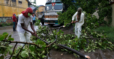 Placeholder - loading - Ciclone mais forte em mais de uma década atinge Índia e Bangladesh