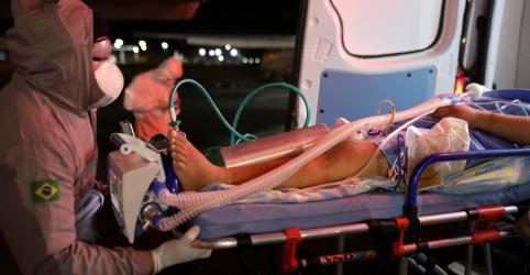 Placeholder - loading - Imagem da notícia Brasil tem novo recorde de mortes em 24 horas por Covid-19 e total supera 20 mil