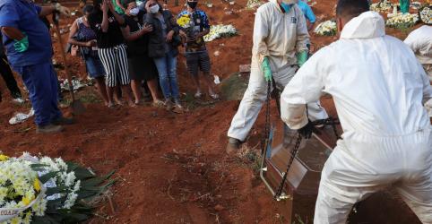 Placeholder - loading - Imagem da notícia Brasil supera 22 mil mortes por Covid-19; casos ultrapassam 347 mil