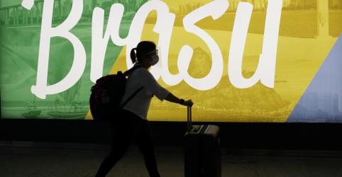 Placeholder - loading - Imagem da notícia EUA antecipam restrição de viagens do Brasil em dois dias