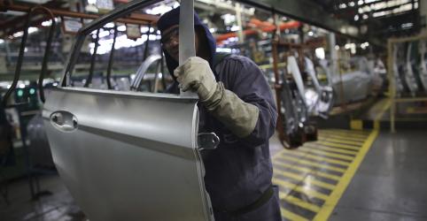 Placeholder - loading - Confiança da indústria no Brasil tem leve recuperação em maio, diz FGV