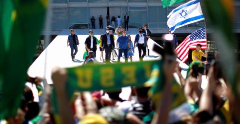 Placeholder - loading - Imagem da notícia Embaixada de Israel pede que Holocausto não seja usado em disputa política no Brasil
