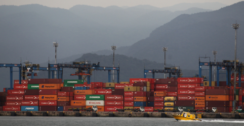 Placeholder - loading - Imagem da notícia ENFOQUE-Embate sobre construção de pera ferroviária em Santos trava expansão de escoamento