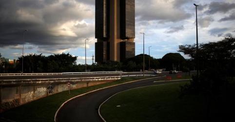 Placeholder - loading - Expectativa de contração da economia brasileira este ano passa de 6%