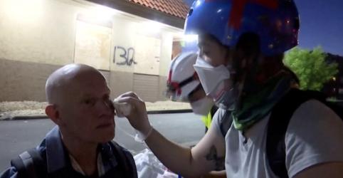 Placeholder - loading - Imagem da notícia Jornalistas são alvo de ataques durante onda de protestos nos EUA