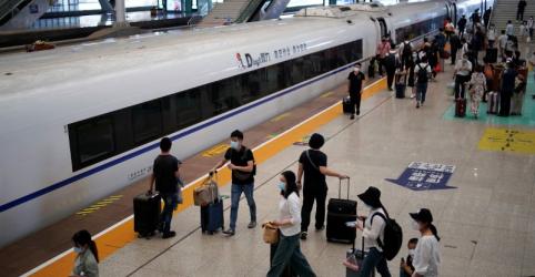 Placeholder - loading - Imagem da notícia Testes em massa em Wuhan registram 300 portadores assintomáticos de coronavírus, mas nenhum novo caso