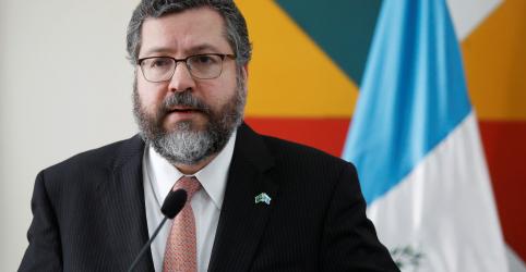 Placeholder - loading - Imagem da notícia Brasil apoia investigação sobre OMS antes de fim da pandemia, diz Araújo