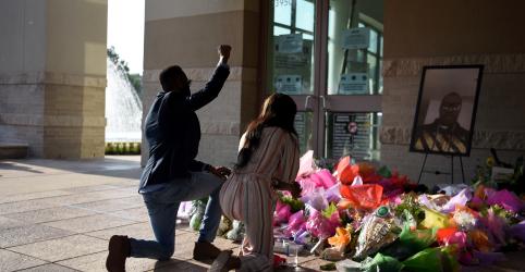 Placeholder - loading - Imagem da notícia Enterro de George Floyd ocorre em meio a aumento de protestos contra racismo no mundo
