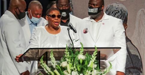 Placeholder - loading - Imagem da notícia Vida de George Floyd é celebrada em funeral, família pede justiça