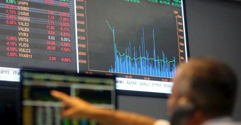 Placeholder - loading - Ibovespa ensaia melhora e chega a superar 93 mil pontos com NY e petróleo; bancos pesam