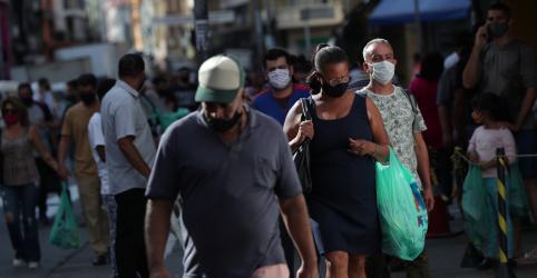 Placeholder - loading - SP tem novo recorde de mortes por Covid-19; governo libera treinos de futebol em julho