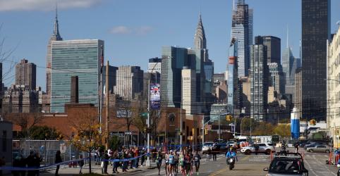 Placeholder - loading - Imagem da notícia Maratonas de Nova York e Berlim são canceladas por pandemia de coronavírus