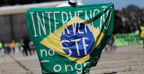 Placeholder - loading - Imagem da notícia Fake news e atos pelo fechamento de Poderes são risco à democracia para maioria dos brasileiros, diz Datafolha