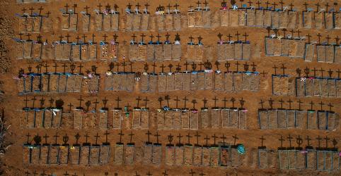 Placeholder - loading - Imagem da notícia Mortes por coronavírus no mundo passam de meio milhão