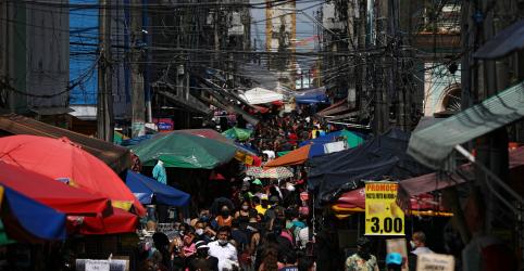 Placeholder - loading - Imagem da notícia PF faz busca e apreensão contra governador do Amazonas em investigação sobre compra de respiradores