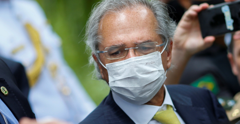 Placeholder - loading - Governo vai estender auxílio emergencial por mais 3 meses, diz Guedes