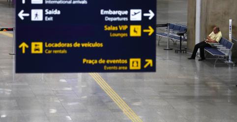 Placeholder - loading - Governo restringe por 30 dias entrada de estrangeiros no país por causa de pandemia