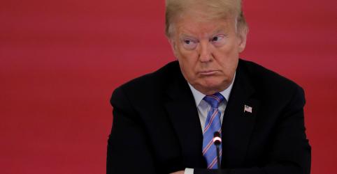 Placeholder - loading - Imagem da notícia Twitter remove imagem publicada por Trump após reclamação sobre direito autoral do New York Times