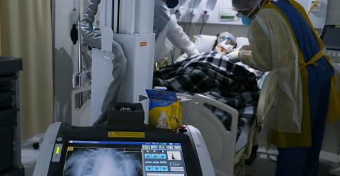 Placeholder - loading - Imagem da notícia Brasil tem 48.105 novos casos de Covid-19 e se aproxima de 1,5 milhão de infecções