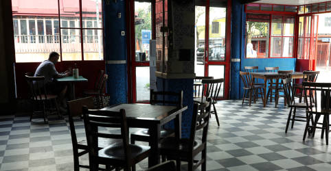 Placeholder - loading - São Paulo tem reabertura tímida de bares e restaurantes; Doria rejeita funcionamento à noite