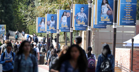 Placeholder - loading - Imagem da notícia EUA expulsarão alunos estrangeiros que só têm aulas pela internet
