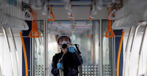 Placeholder - loading - Imagem da notícia Japão diz que não decretará novo estado de emergência apesar de recorde de casos de Covid-19 em Tóquio
