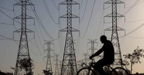 Placeholder - loading - Imagem da notícia ONS vê carga de energia retomar nível de 2019 em julho, com reabertura em Estados