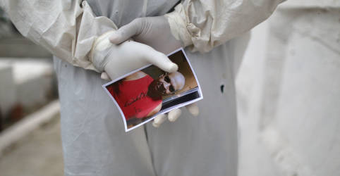 Placeholder - loading - Brasil registra 1.054 novas mortes por Covid-19 e total atinge 113.358