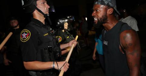 Placeholder - loading - Imagem da notícia Wisconsin convoca Guarda Nacional para lidar com protestos após homem negro ser baleado pela polícia