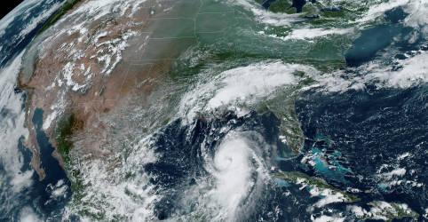 Placeholder - loading - Imagem da notícia Furacão Laura se dirige à Costa do Golfo dos EUA com previsão de danos catastróficos