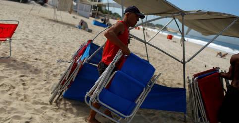 Placeholder - loading - Setor de serviços do Brasil permanece em contração em agosto apesar de demanda melhor, mostra PMI