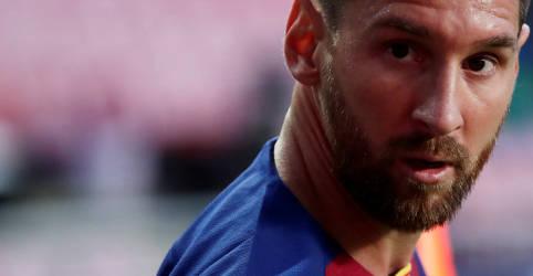 Placeholder - loading - Imagem da notícia Pai de Messi diz que cláusula de multa rescisória em contrato com Barcelona não é aplicável