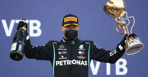 Placeholder - loading - Imagem da notícia Bottas vence GP da Rússia após punições afastarem Hamilton de recorde