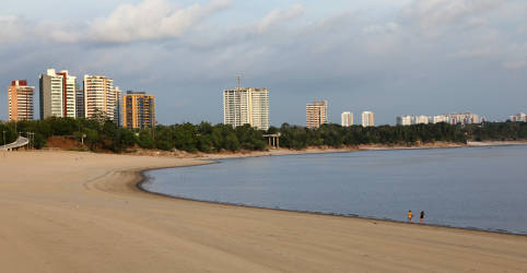 Placeholder - loading - Onda de casos de Covid-19 em Manaus contraria esperança de imunidade de rebanho