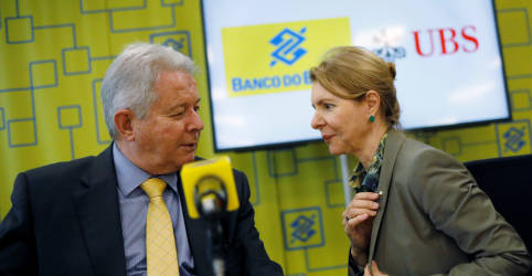 Placeholder - loading - Imagem da notícia Banco do Brasil formaliza parceria em banco de investimento com UBS