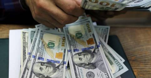 Placeholder - loading - Imagem da notícia Dólar recua ante real em meio a esperanças de estímulo nos EUA
