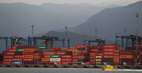 Placeholder - loading - Brasil tem superávit comercial recorde para setembro, de US$6,2 bi, com queda de importações
