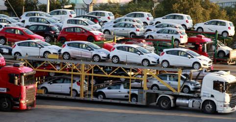 Placeholder - loading - Venda de veículos novos em setembro atinge maior nível do ano, diz Fenabrave