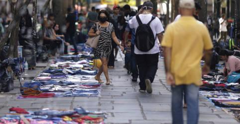 Placeholder - loading - FMI melhora previsão para PIB do Brasil em 2020 e passa a estimar queda de 5,8%, de 9,1% antes