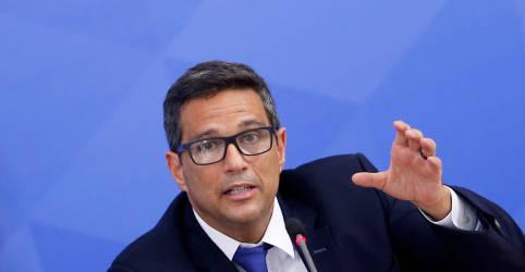 Placeholder - loading - Imagem da notícia BC não disse que subiria juros se regime fiscal fosse quebrado, diz Campos Neto