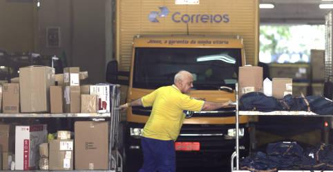 Placeholder - loading - Imagem da notícia Projeto de privatização dos Correios prevê União como garantidora de entregas postais