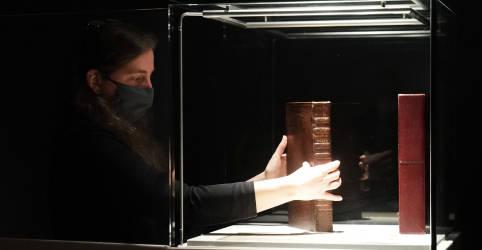 Placeholder - loading - Imagem da notícia Primeira coletânea de peças de Shakespeare é vendida por quase US$10 milhões em leilão