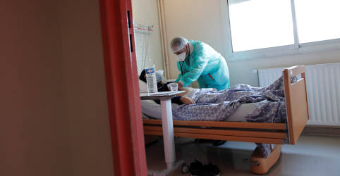 Placeholder - loading - França declara estado de emergência de saúde pública por Covid-19