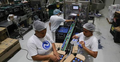 Placeholder - loading - Imagem da notícia Atividade econômica do Brasil cresce 1,06% em agosto, segundo BC