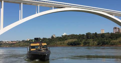 Placeholder - loading - Imagem da notícia Brasil e Paraguai reabrem fronteira em Foz do Iguaçu e outras duas cidades