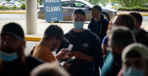 Placeholder - loading - Imagem da notícia Pedidos de auxílio-desemprego nos EUA sobem inesperadamente