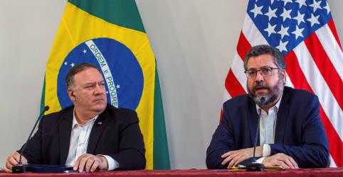 Placeholder - loading - Imagem da notícia Brasil precisa dos EUA para ser uma economia de mercado, diz Araújo