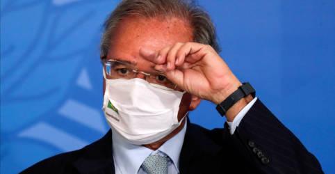 Placeholder - loading - Imagem da notícia Guedes vê queda do PIB de 4% em 2020, reforça apoio de Bolsonaro a teto de gastos
